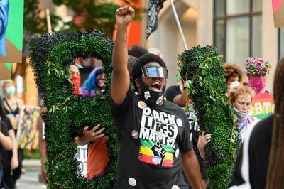 Протесты движения BLM после смерти Джорджа Флойда, США